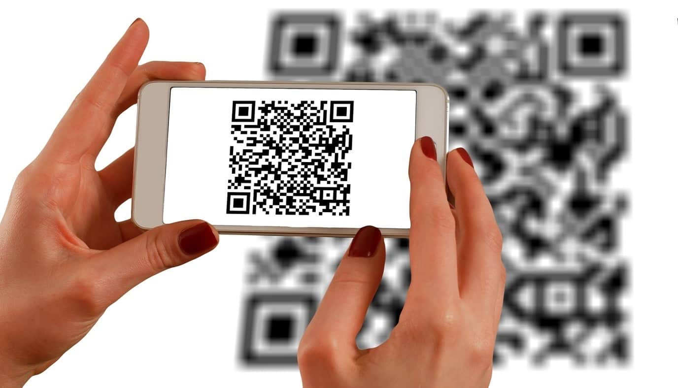 content/da-dk/images/repository/isc/2020/9910/a-guide-to-qr-codes-and-how-to-scan-qr-codes-1.jpg